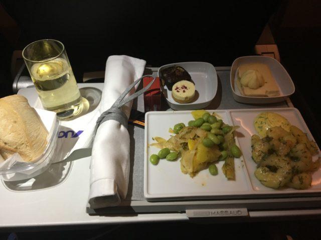 De maaltijd bij Joon was precies hetzelfde als bij Air France