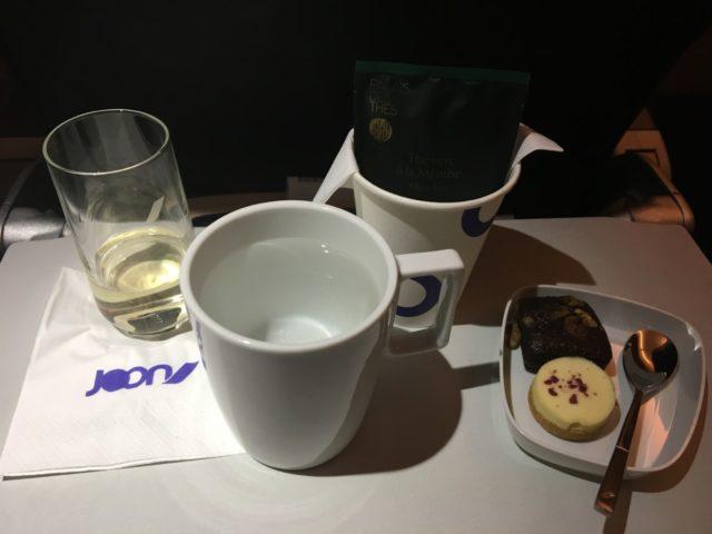 Het dessert met een kopje thee
