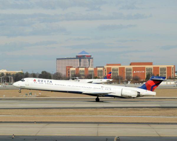 MD-90 toestel van Delta (Bron: Delta)