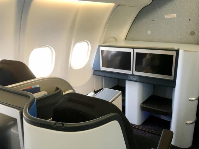 Einde tijdperk kranten en tijdschriften aan boord bij KLM, ook in World Business Class