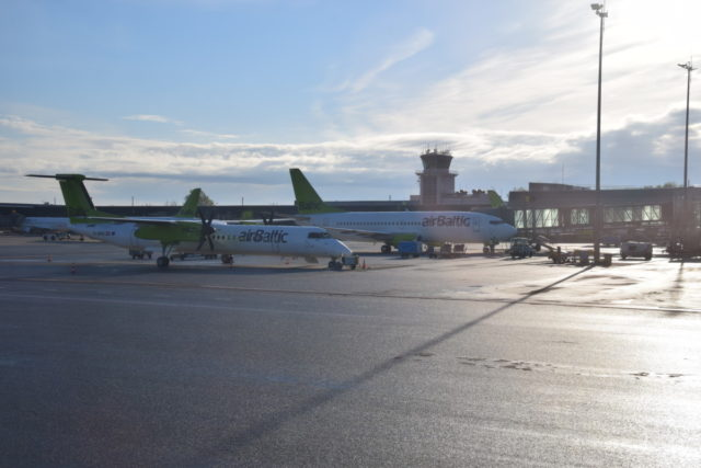 Review: Business Class AirBaltic Airbus A220-300 (CS300) Parijs-Riga