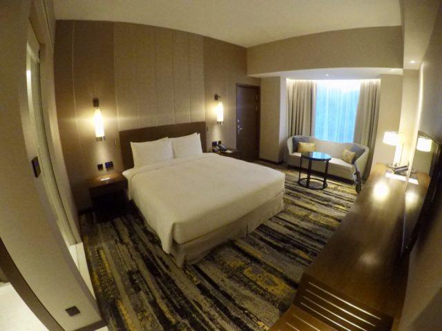 king deluxe room, hilton, kota kinabalu