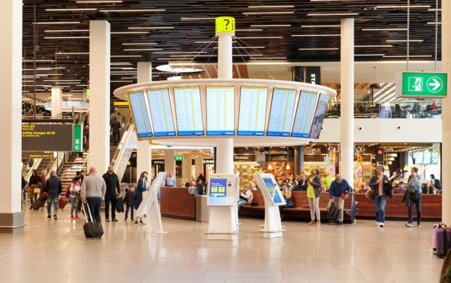 De nieuwe informatievoorziening heeft een moderne uitstraling (Bron: Schiphol)