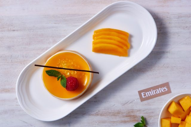 Emirates serveert reizigers nieuwe zomerdesserts