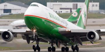 Boeing 747 EVA Air