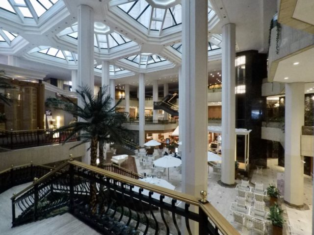 lobby, hilton, seoul