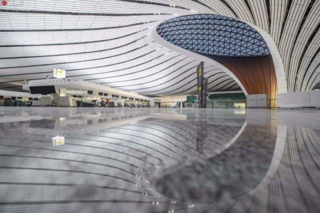 Nieuw vliegveld Beijing Daxing bijna gereed voor oplevering