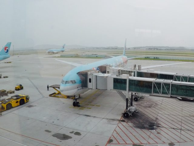 korean air, business class, Boeing 777, review