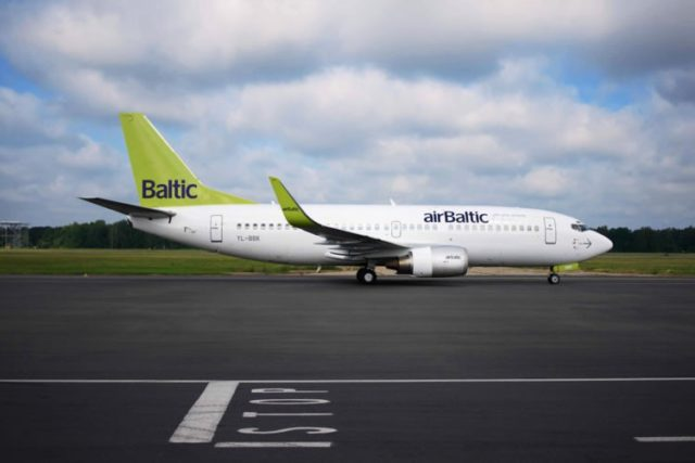 Boeing 737-300 van airBaltic (Bron: airBaltic)