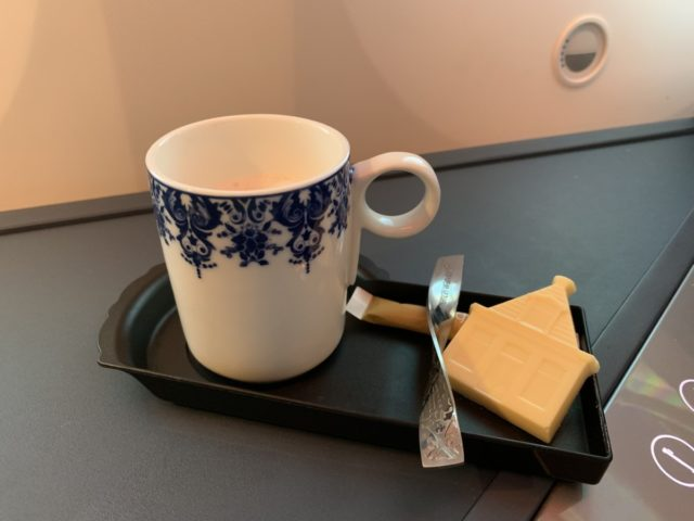 Review: KLM World Business Class - Boeing 787-10 Dreamliner