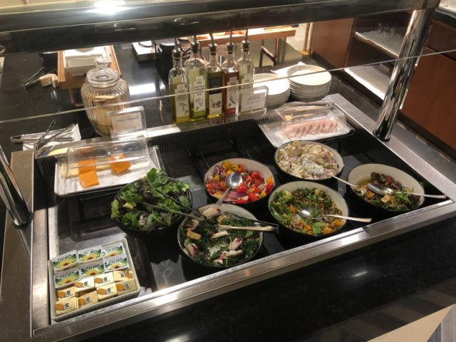silverkris, lounge, Heathrow, buffet