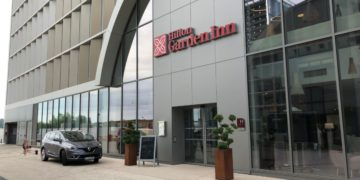 hilton, garden inn, bordeaux, review
