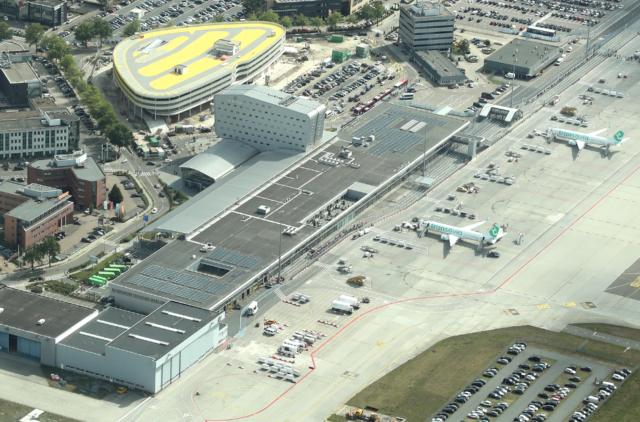 Eindhoven Airport bijna klaar voor opening parkeergarage