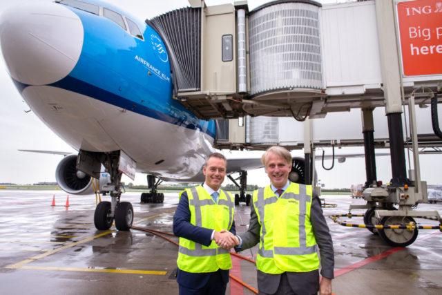 Snel boarden op Schiphol met KLM door nieuwe passagiersbrug