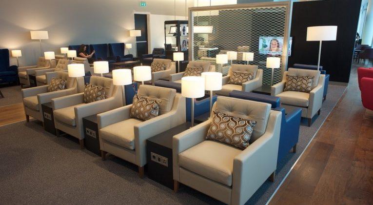 British Airways Lounge op Schiphol (Bron: OneWorld)