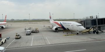 Review: Malaysia Airlines Economy Boeing 737 Phnom Penh - Kuala Lumpur