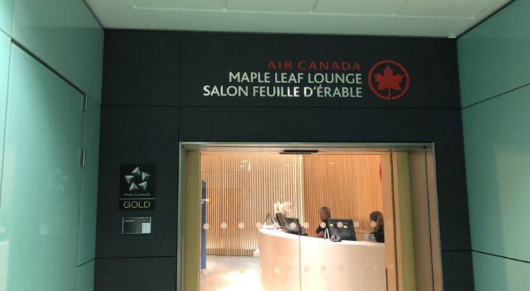 air canada, maple leaf lounge. Heathrow, review