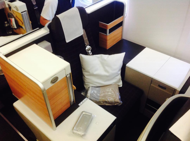 swiss air, boeing 777, business class