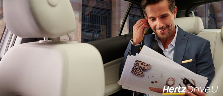 Air France en Hertz introduceren een nieuwe taxiservice genaamd Hertz DriveU (Bron: Air France)