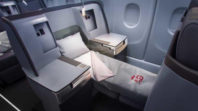 De business class cabine van Air Belgium aan boord van de Airbus A340 (Bron: Air Belgium)