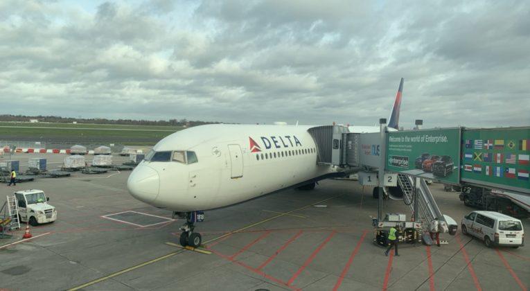 Review: Delta Boeing 767-400 Delta Comfort+ Atlanta - Düsseldorf