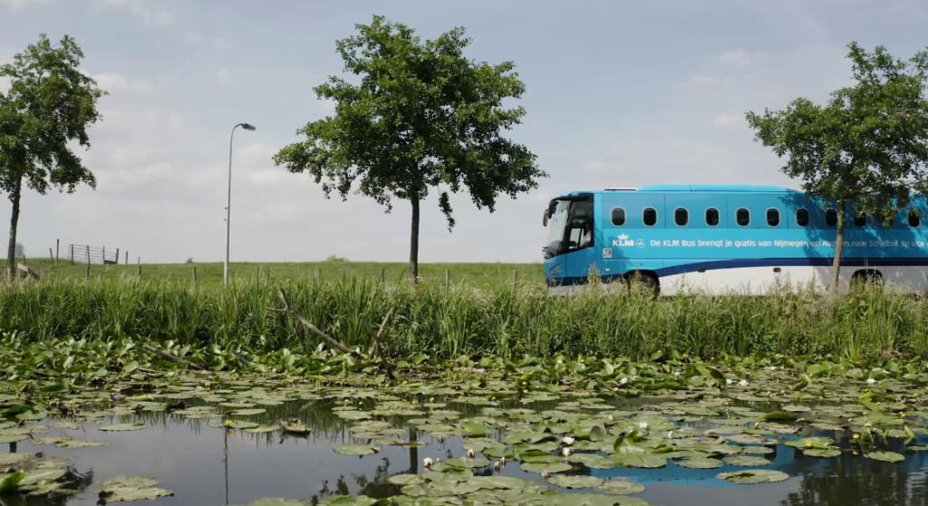 KLM bus
