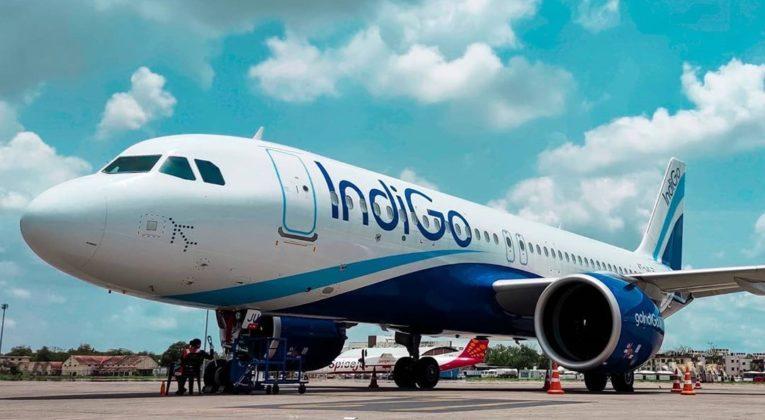 Foto's maken in de ban op vluchten in India
