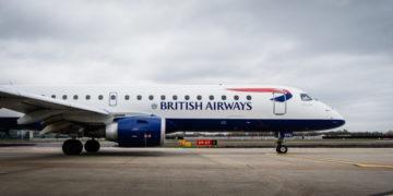 Embraer toestel van BA Cityflyer op de luchthaven van Londen City (Bron: Stuart Bailey voor British Airways)