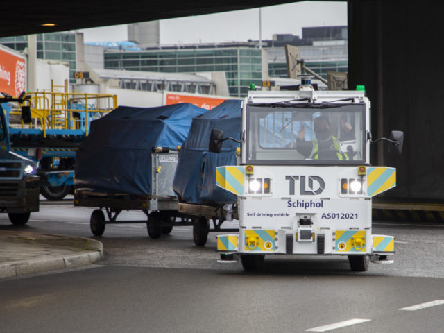 Zelfrijdend voertuig op de luchthaven Schiphol (Bron: Schiphol)